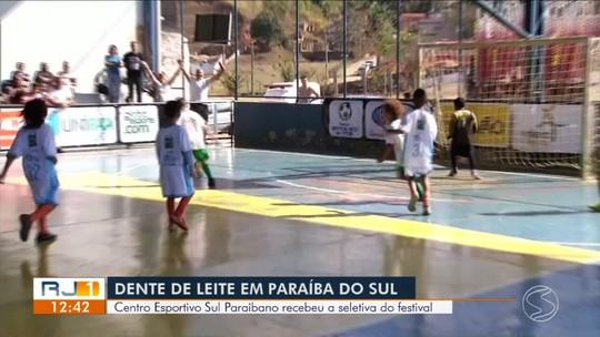 Paraíba do Sul recebeu a seletiva do Festival Dente de Leite de Futsal