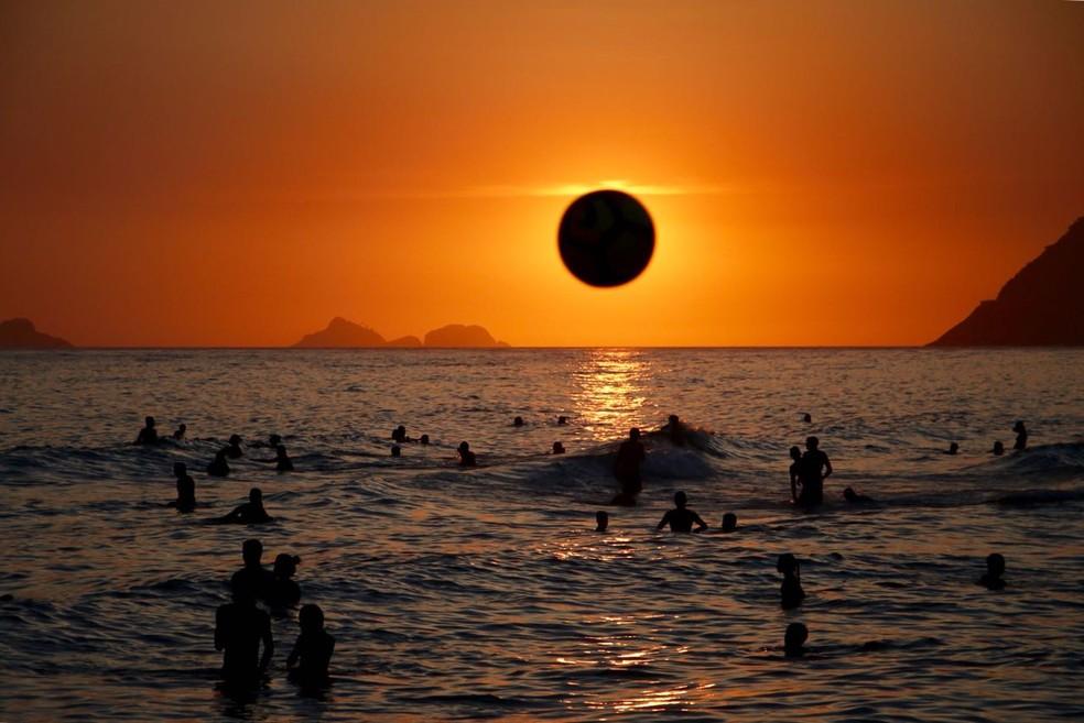 ... Fim de tarde na zona sul do Rio de Janeiro na segunda-feira (26 fca8b85bc71