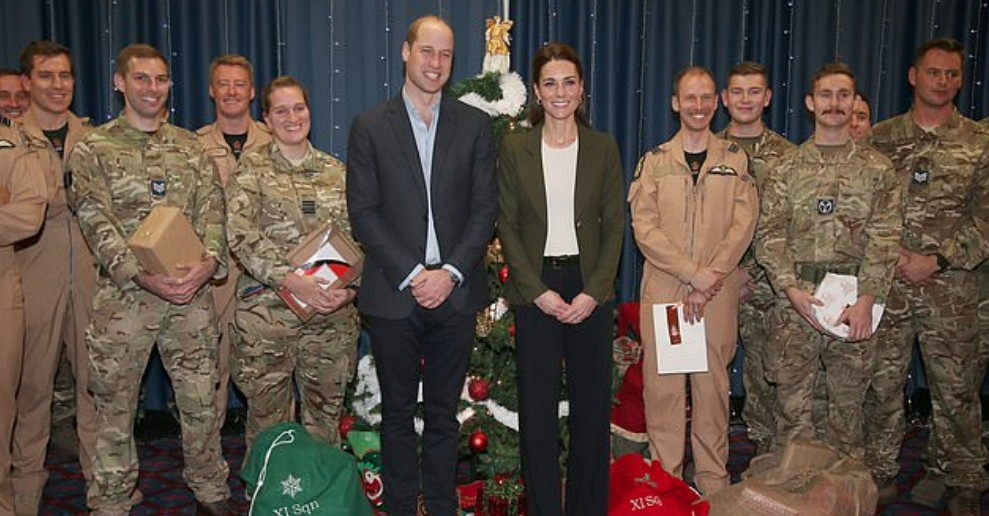 Príncipe William, Kate Middleton e Força Armada Real do Chipre (Foto: Reprodução Instagram)