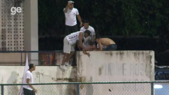 """PM identifica responsáveis por espancamento de torcedor dentro de estádio: """"Covardia e selvageria"""""""