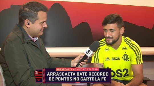 """Arrascaeta comemora maior mitada da história do Cartola com 37.70: """"É um jogo divertido"""""""