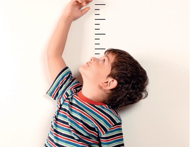 menino, crescimento,  (Foto: Getty Images)