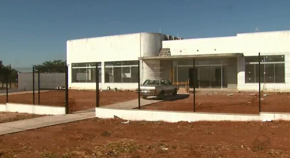 Obra do novo prédio da Câmara Municipal de Conchal (Foto: Reprodução/EPTV)