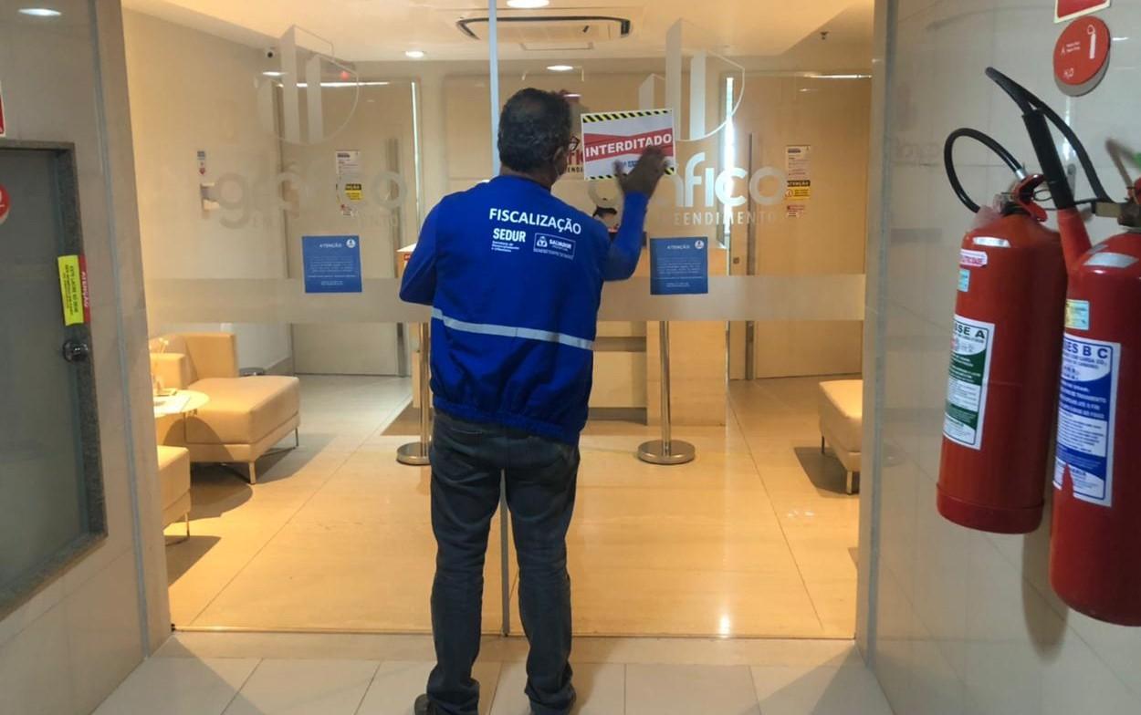 Estabelecimentos localizado em edifício de Salvador são interditados por descumprir decreto estadual