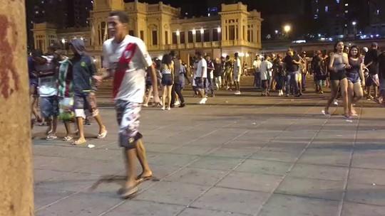 Festa termina em tumulto na Praça da Estação, em BH