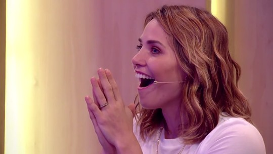 Letícia Colin tem reação impressionante à homenagem no 'Tamanho Família'; veja o teaser!