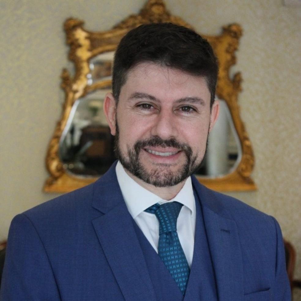Dr. Carlos Roberto Antônio (CRM 83817/SP) — Foto: Divulgação