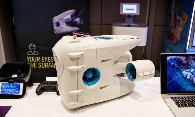 O Blueye é um drone subaquático que teve o branding desenvolvido pelo escritório brasileiro da empresa Eggs Design