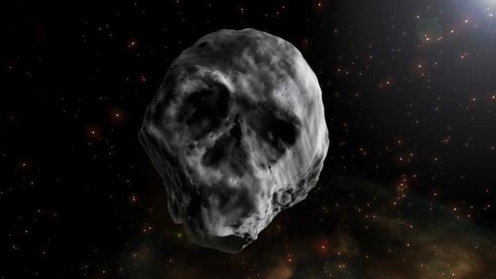 Por ter sido observado na época do Dia das Bruxas e ter semelhança com caveira, o corpo celeste foi chamado de Asteroide do Halloween (Foto: Ilustração: J.A.Peñas/Sinc)