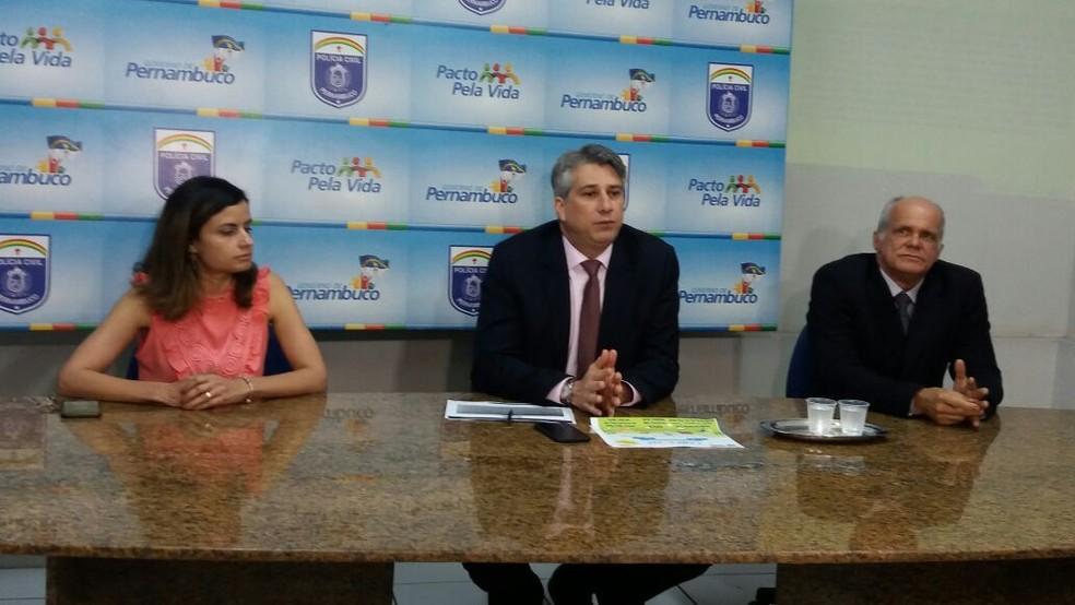 Delegado Darlson Macedo, gestor do DPCA, apresentou detalhes da prisão nesta quarta (11) (Foto: Polícia Civil/Divulgação)