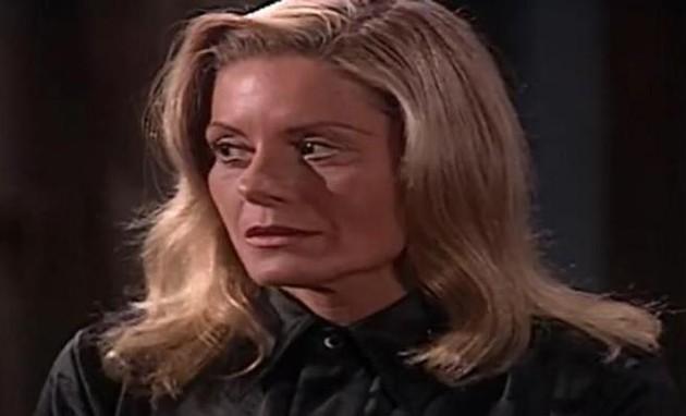 Vera Fischer como Helena em cena de 'Laços de família' (Foto: Reprodução)