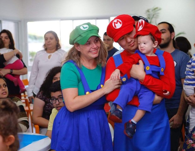 Michelle e Marcelo com o filho Arthur, no aniversário de um ano (Foto: Arquivo pessoal)