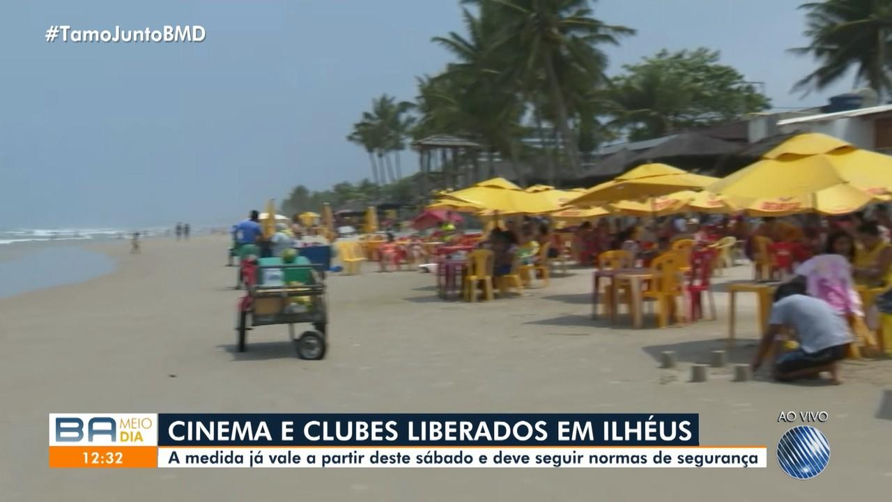 Cinema e clubes de Ilhéus podem abrir a partir deste sábado; praias da cidade estão cheias