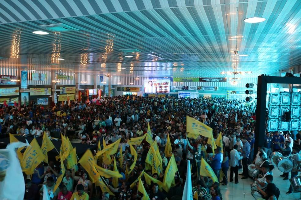 Convenção do partido ocorreu em um espaço de eventos na Zona Sudeste de Teresina. (Foto: Lucas Marreiros/G1 PI)