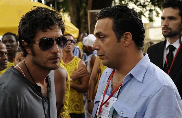 Gabriel Braga Nunes e Mracelo Médici na microssérie 'O canto da sereia' como Paulinho de Jesus e Tuta Tavares, respectivamente (Foto: Estevam Avellar/TV Globo)