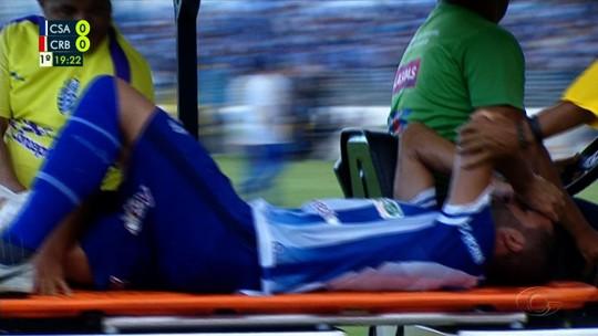 Recuperado de lesão, Ronaldo Alves volta a treinar no CSA e vira opção para a zaga