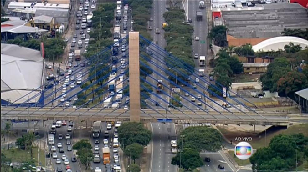 Avenida Salim Farah Maluf, em São Paulo (Foto: Reprodução/TV Globo)