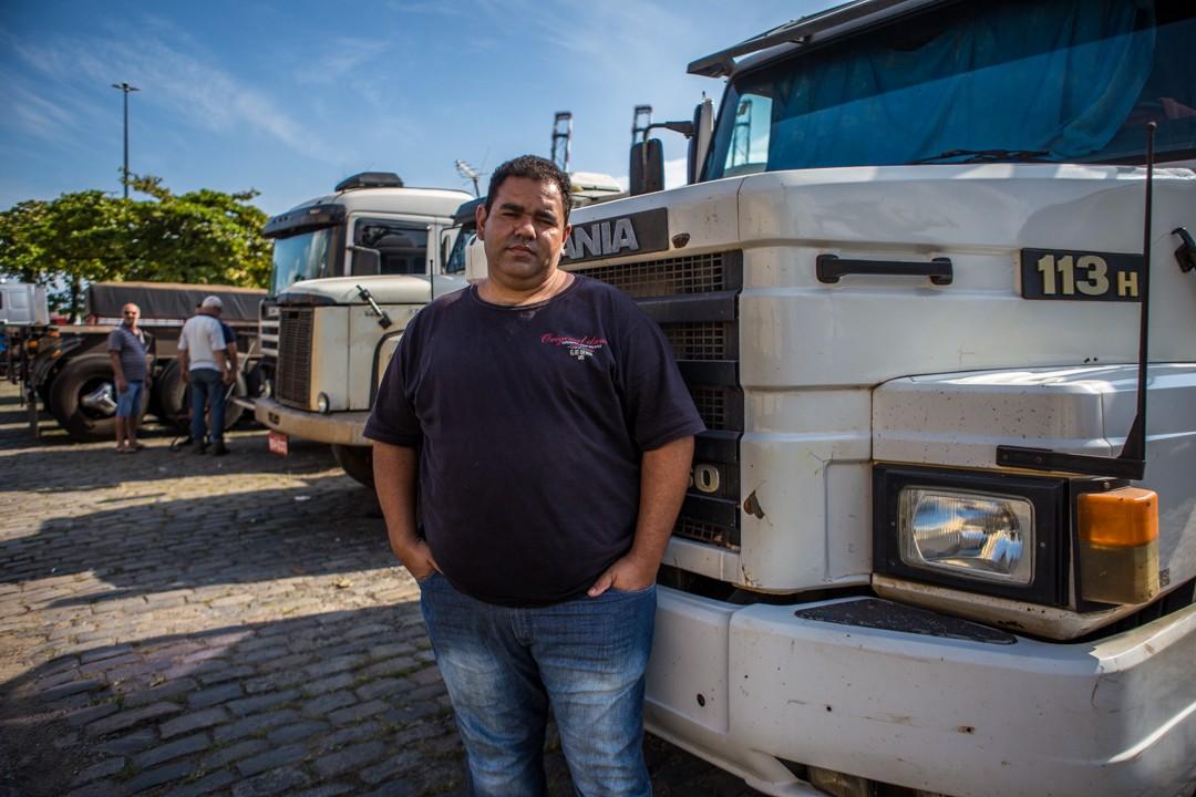 Tiago Santos, caminhoneiro - Greve dos caminhoneiros - Porto de Santos  (Foto: Fellipe Abreu)