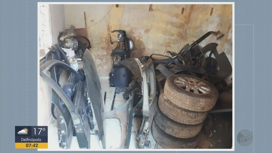 Envolvidos com desmanche de carros roubados são presos em Ilicínea, MG