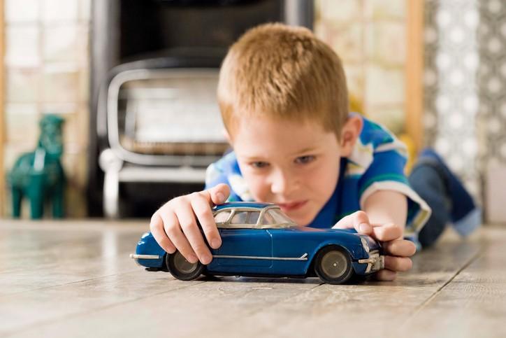 Brinquedos auxiliam na transposição do mundo real para um universo imaginário (Foto: Thinkstock)