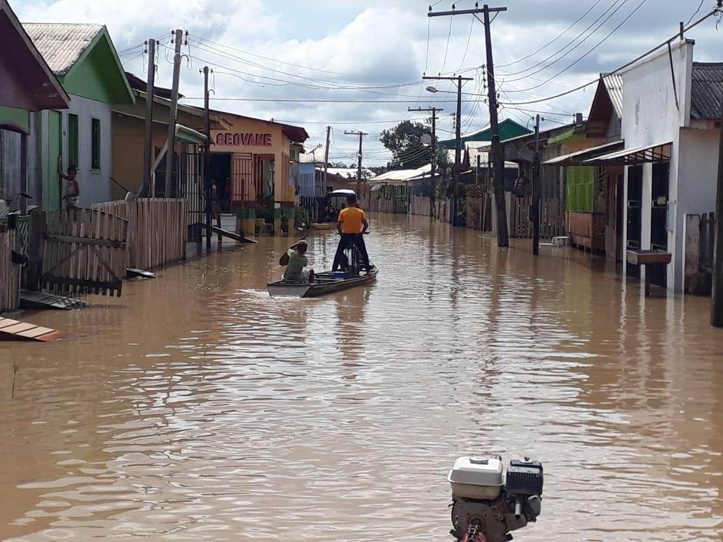 Rio Tarauacá baixa quase dois metros e sai da cota de alerta no interior do Acre