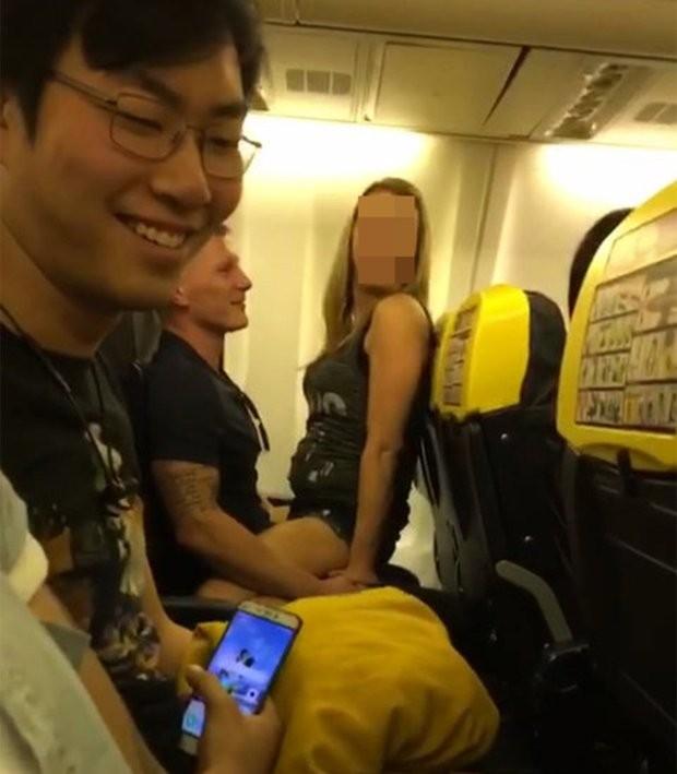 Sexo a bordo de voo da Ryanair