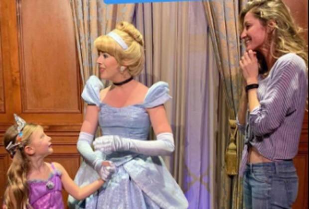 Vivian, Cinderela e Gisele (Foto: Reprodução/Instagram)
