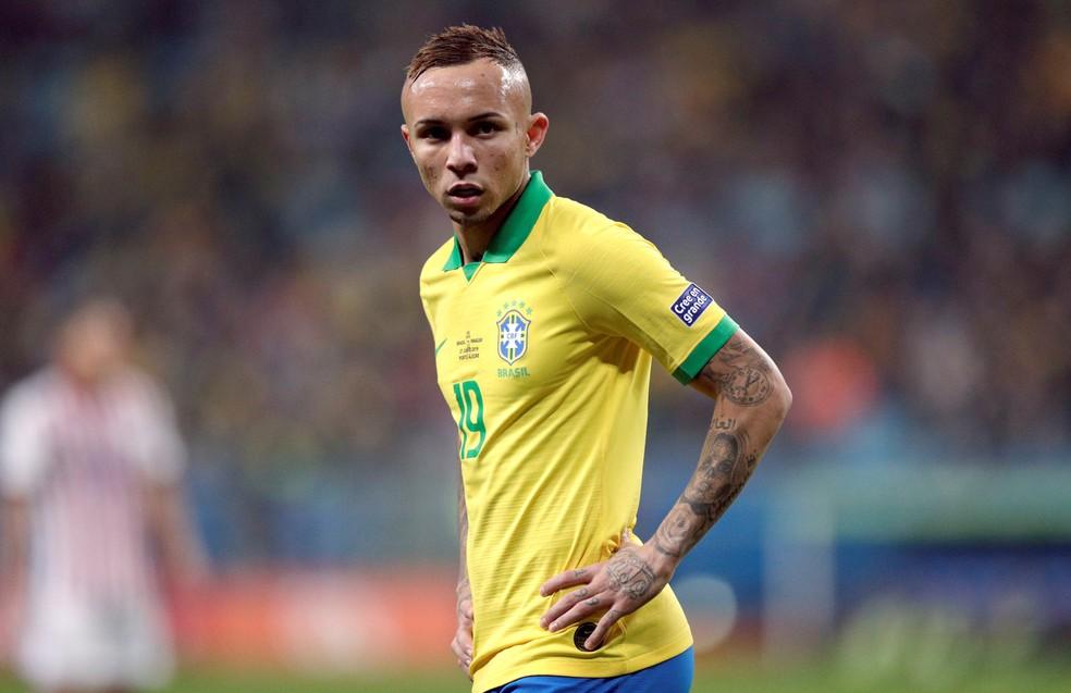 Everton ganhou destaque com a Seleção na Copa América — Foto: Ueslei Marcelino/Reuters