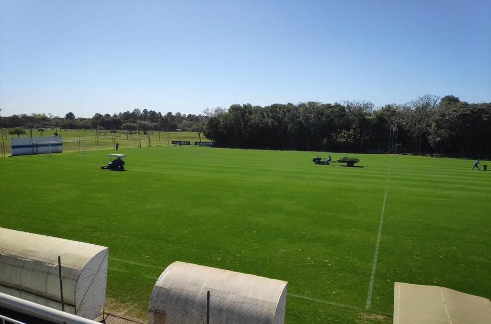 Campo do CT Hélio Dourado, da base do Grêmio — Foto: Julio Cesar Santos