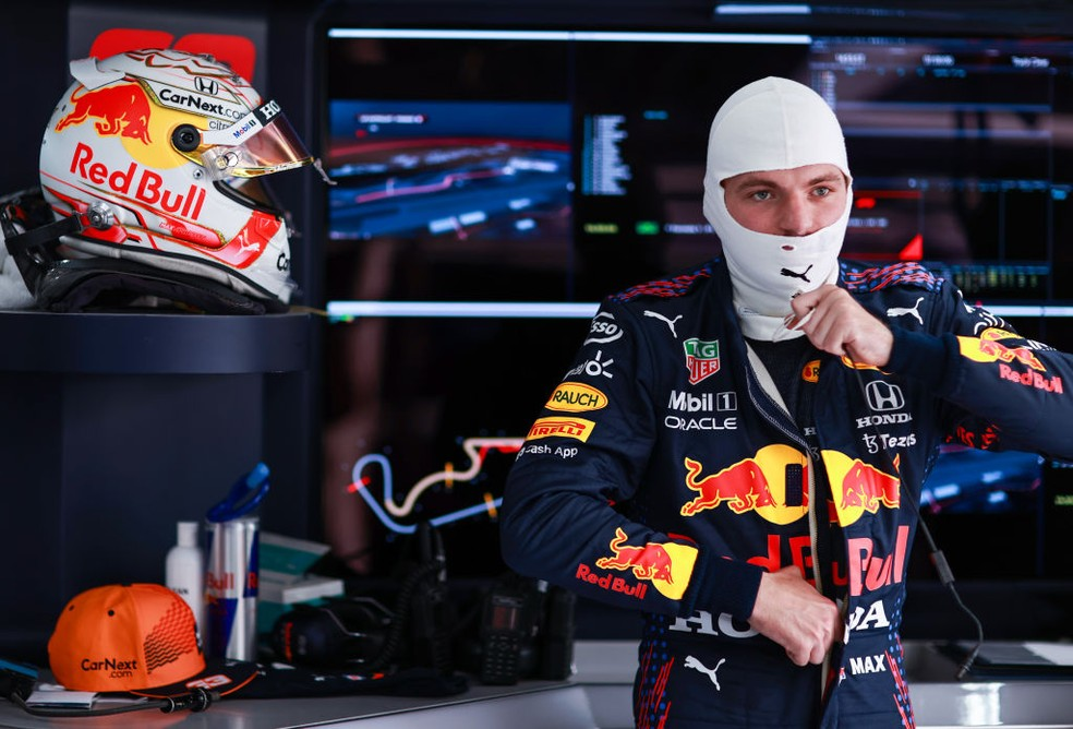 Max Verstappen durante os treinos livres do GP da França — Foto: Mark Thompson/Getty Images