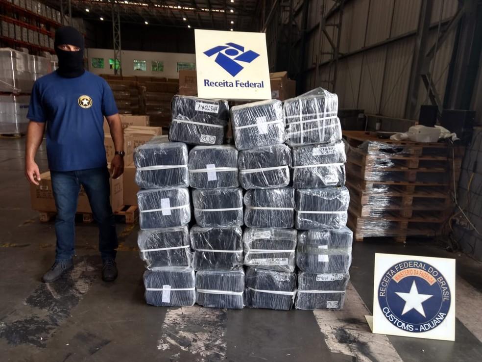 Receita Federal apreende quase 900 quilos de cocaína em Paranaguá (Foto: Receita Federal/Divulgação)