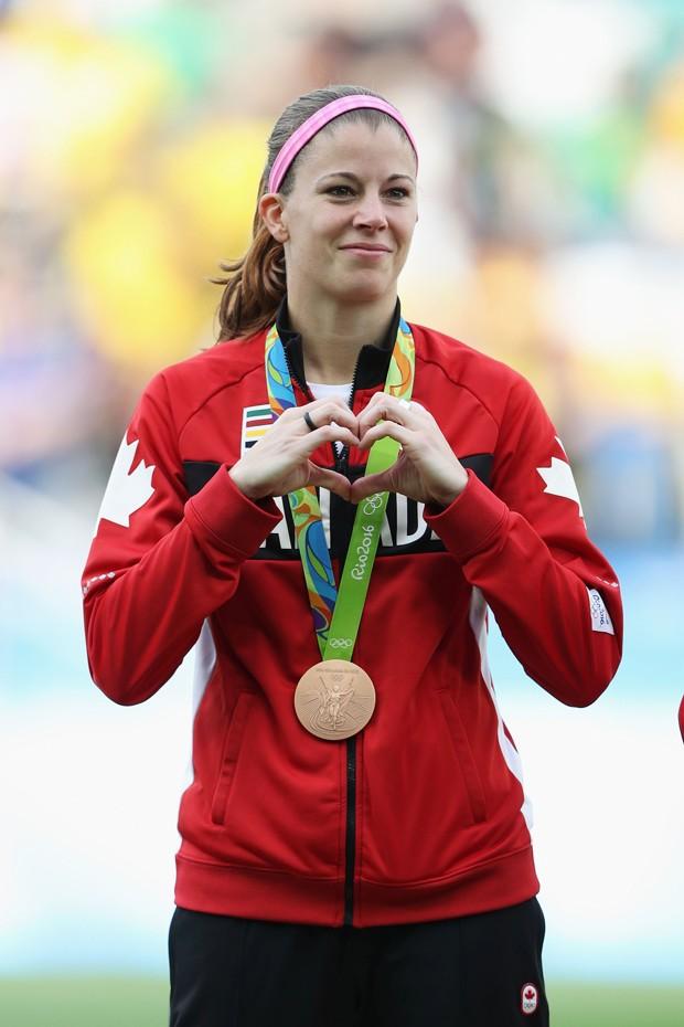 A goleira canadense Stephanie Labbé foi medalha de bronze nas Olimpíadas do Rio (Foto: Getty Images)