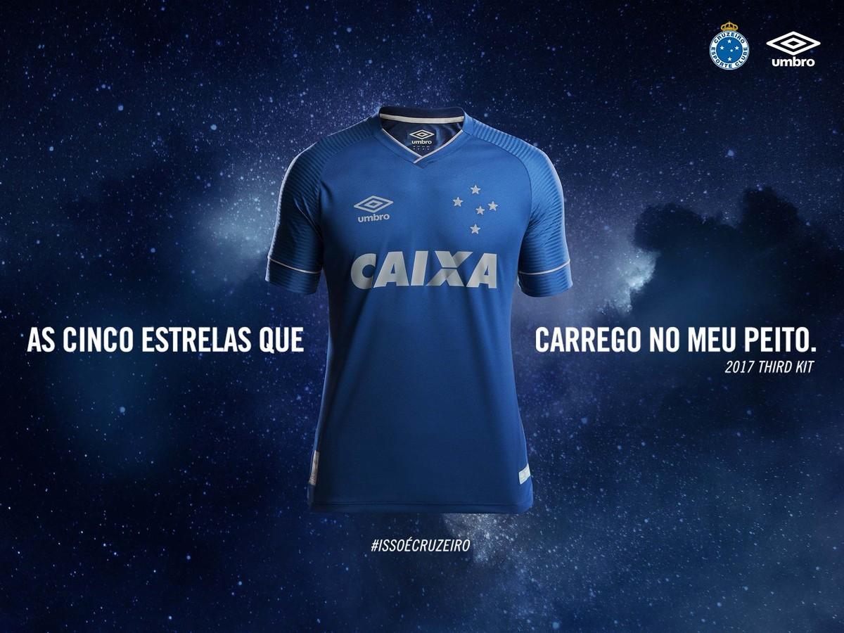 Roupa nova  Cruzeiro divulga fotos da terceira camisa f6bce1baaa1b0