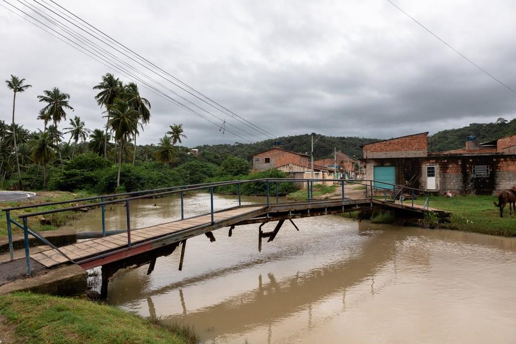 Riacho Doce, que dá nome ao bairro em Maceió: qualidade de água regular em medição de estudo da SOS Mata Atlântica — Foto: Marcelo Brandt/G1
