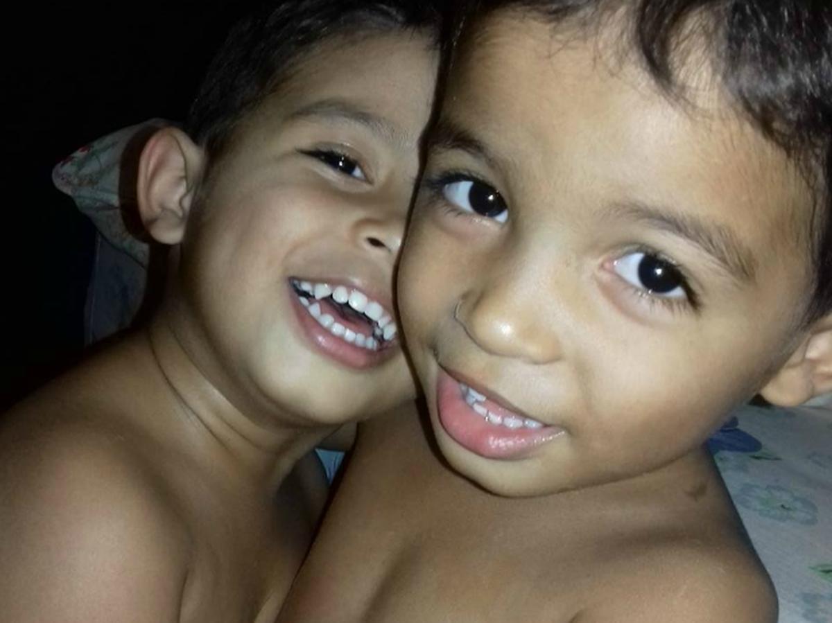 'Muito difícil', diz pai de gêmeos de 4 anos que morreram atropelados por carreta em MT