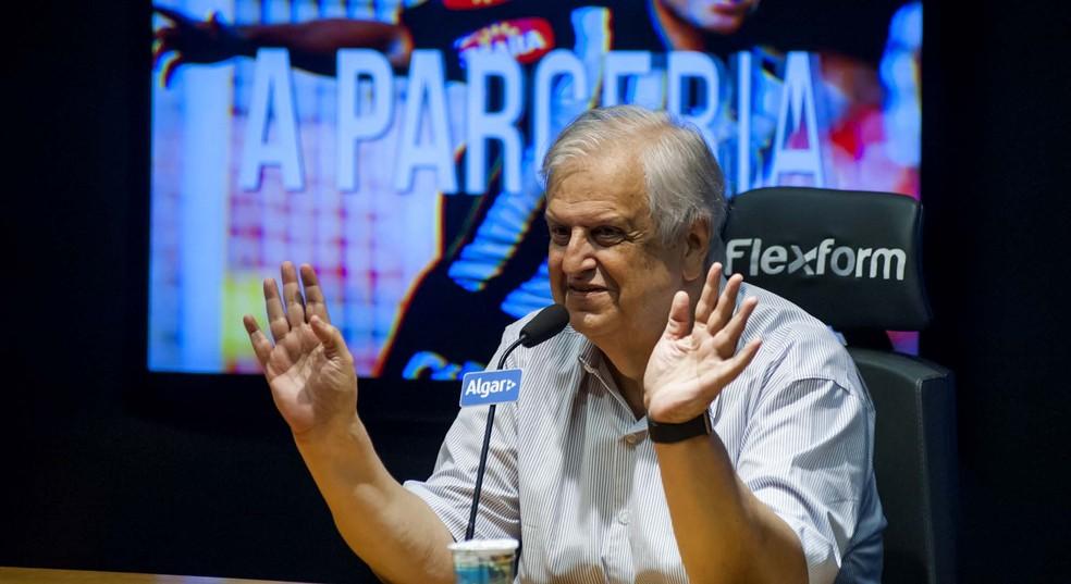Modesto concede entrevista para falar da parceria com a Umbro (Foto:  Ivan Storti / Santos FC)