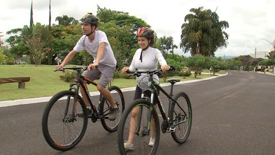 Revista de Sábado conhece casal que cruzou a América Latina de bicicleta