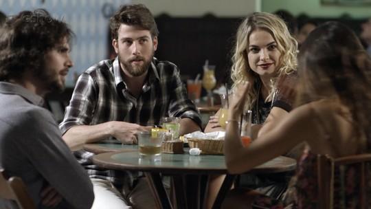 Resumo de 'A Força do Querer': Cibele vê Rita e Ruy com Amaro e Anita
