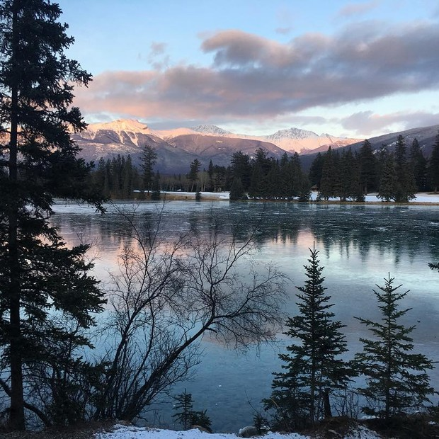 Fairmont Jasper Park Lodge (Foto: Reprodução/Instagram)