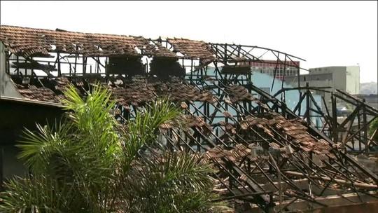 Incêndio atinge prédio da Prefeitura de São Gonçalo, no RJ