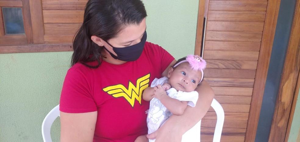 Bebê de dois meses é salva por PM após se engasgar em Mossoró — Foto: Hugo Andrade/Inter TV Costa Branca