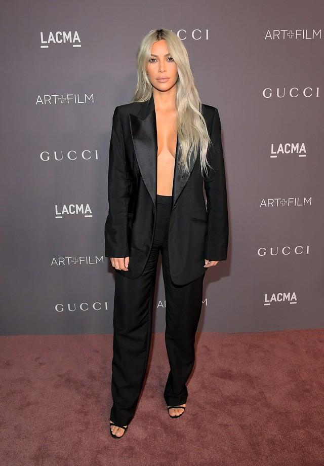 Kim Kardashian no LACMA Art + Film Gala de 2017, em parceria com a Gucci (Foto: Getty Images)