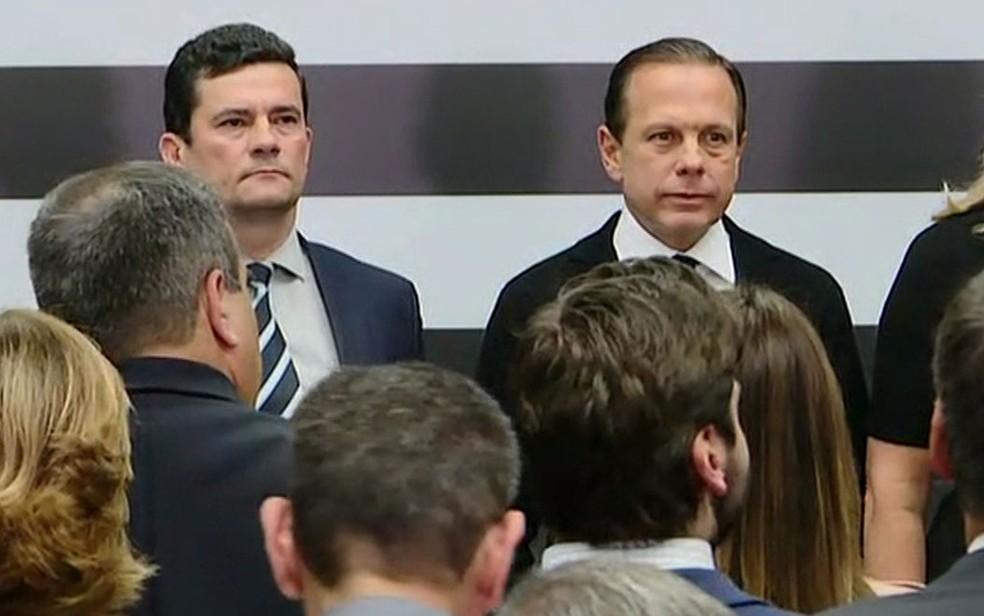 O ministro Sergio Moro e o governador João Doria  — Foto: GloboNews/Reprodução