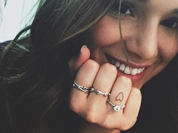 Bruna Marquezine exibe tatuagem (Foto: Reprodução/Instagram)