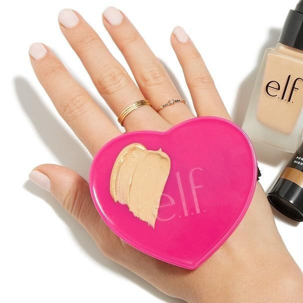 Paleta para misturar maquiagem, US$ 2, da E.L.F (Foto: Divulgação)