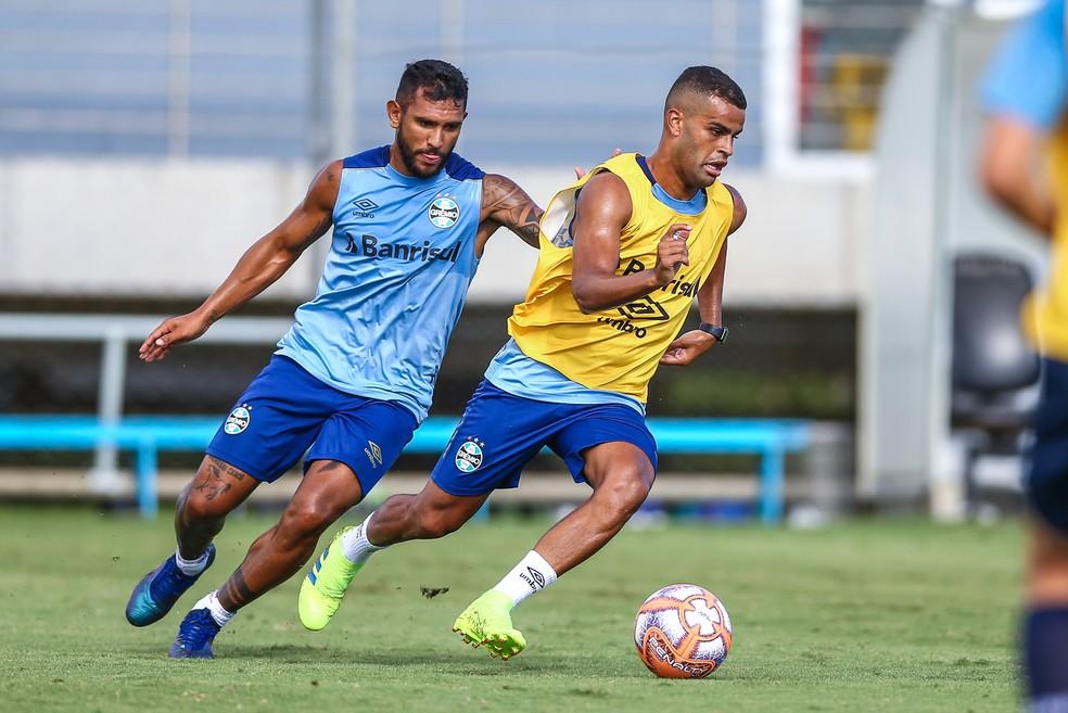Montoya e Alisson são mais cotados para iniciar o jogo — Foto: Lucas Uebel/Grêmio