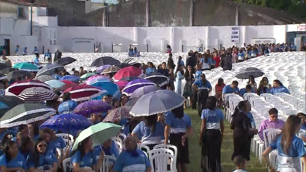 Evangélicos se reúnem em Goiana, no Grande Recife, para comemorar centenário da Assembleia de Deus (Foto: Reprodução/TV Globo)