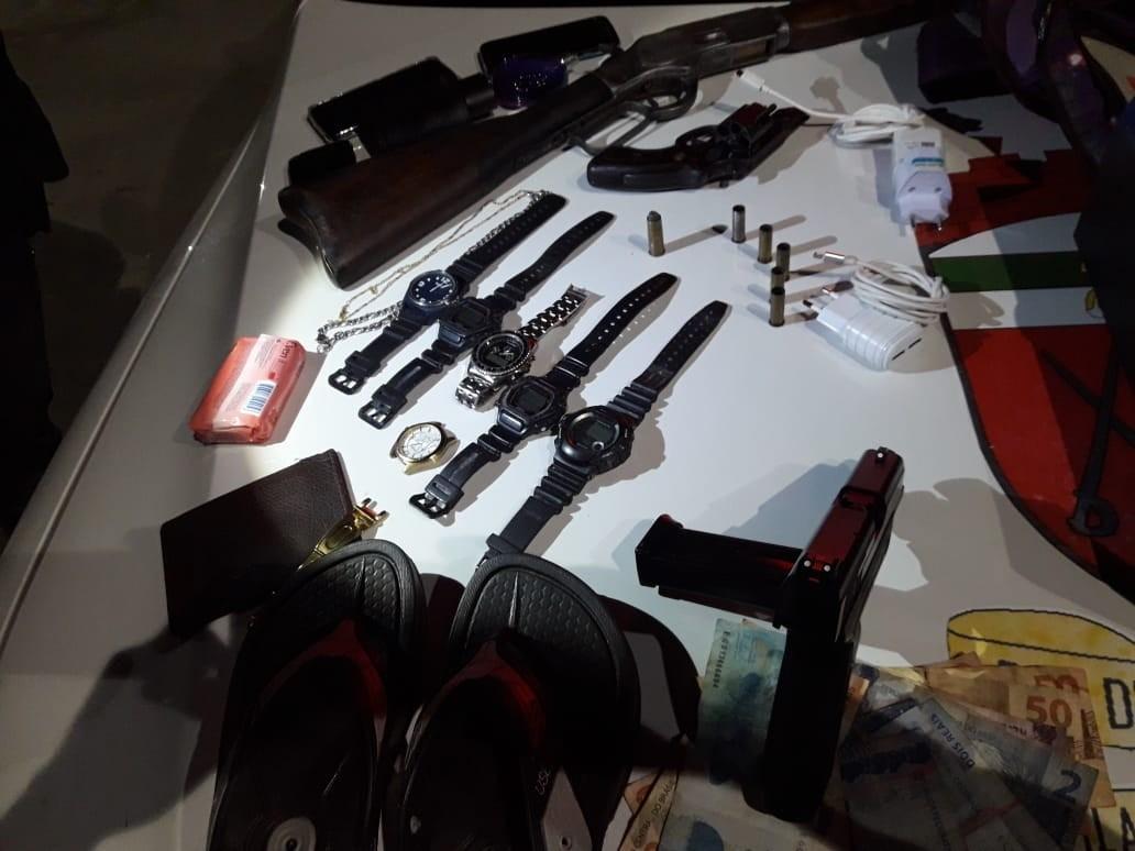 Três suspeitos de assalto a granja morrem em confronto com a PM na Grande Natal; armas são apreendidas - Noticias