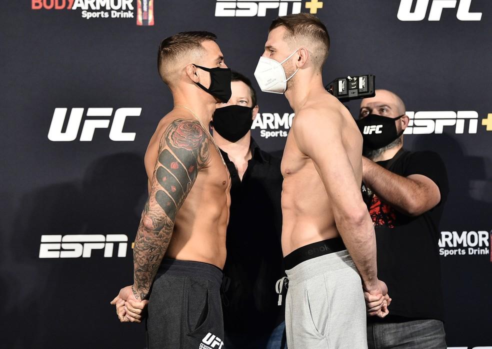Dustin Poirier Dan Hooker encarada UFC — Foto: Getty Images