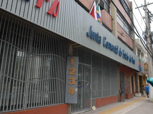 Jucepa adia retorno das atividades de atendimento ao público após queda de forro